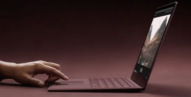 Surface Laptop.