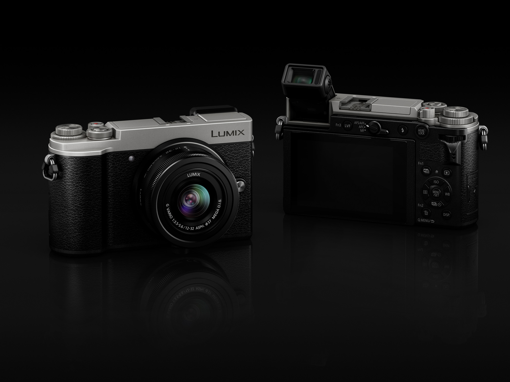 Panasonic Lumix GX9 kit.