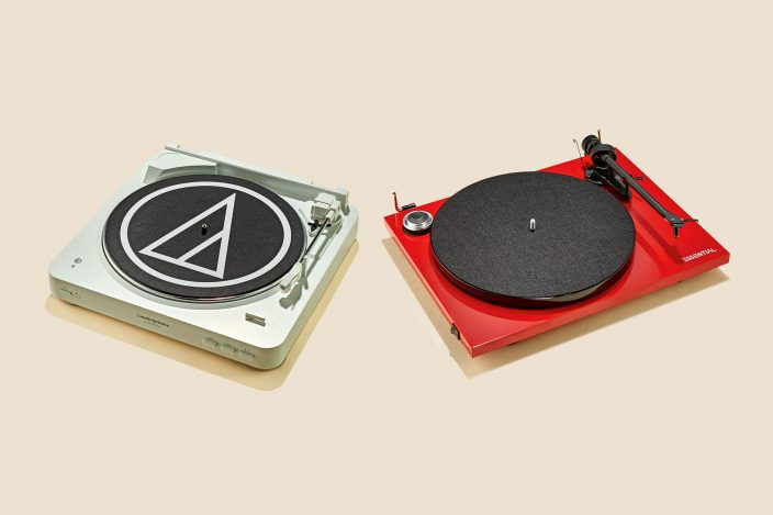 AudioTechnica AT-LP60BT og Pro-ject Essential III BT [TEST]: Trådløs vinyllyd i to prisklasser